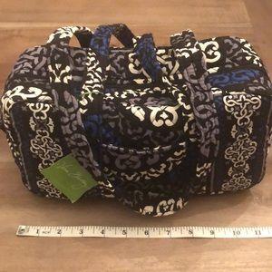 NWT Vera Bradley 100 Handbag Canterberry Cobalt